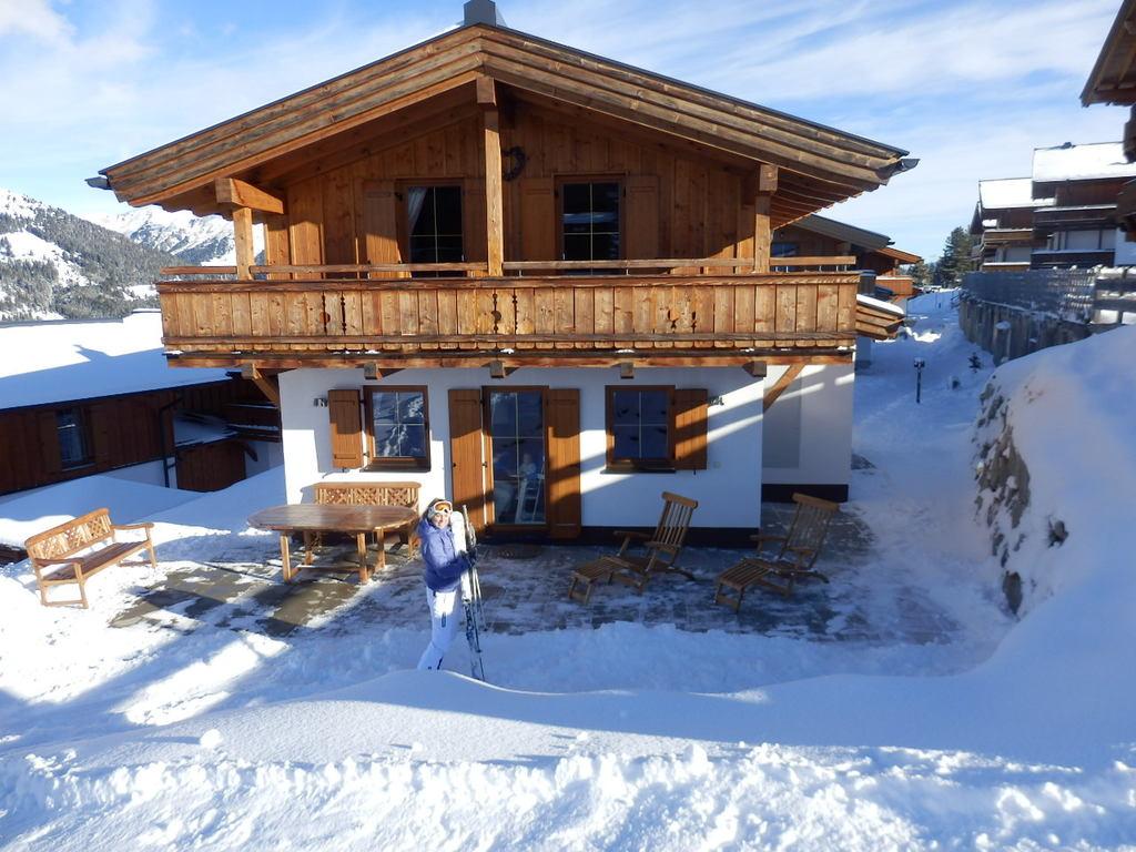 Oostenrijkse Keuken Zithoek : Chalet Silbersonne – Zillertal Arena – Hochkrimml – ChaletsPlus – Uw