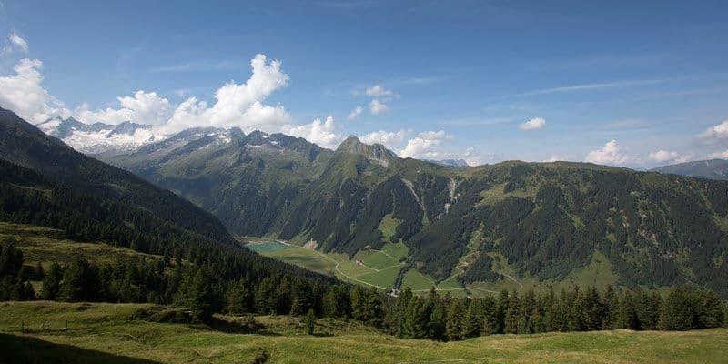 Uitzicht op bergen Nationaal Park Hohe Tauern