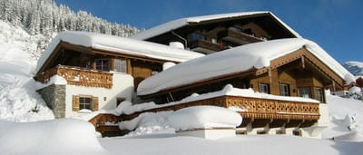 Chalets along the piste Starting at €628,-