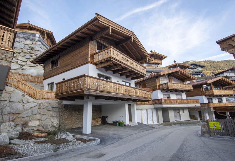 Mountain Guide Office & Alpine School Neukirchen am